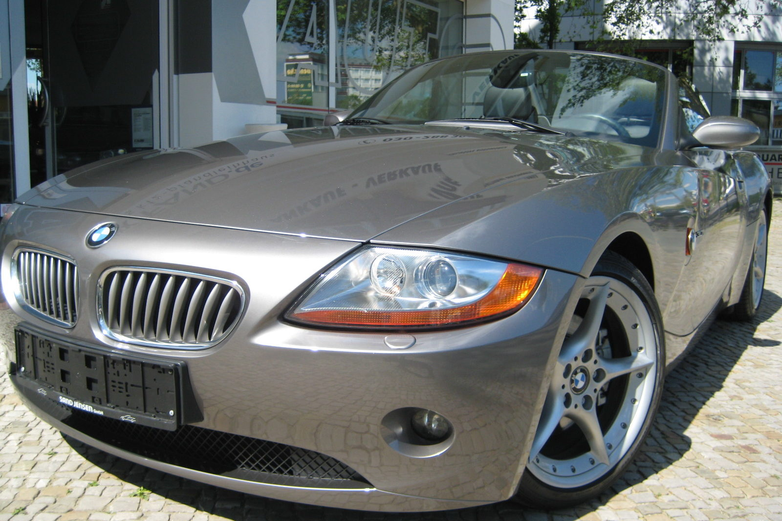 BMW Z4 in grau