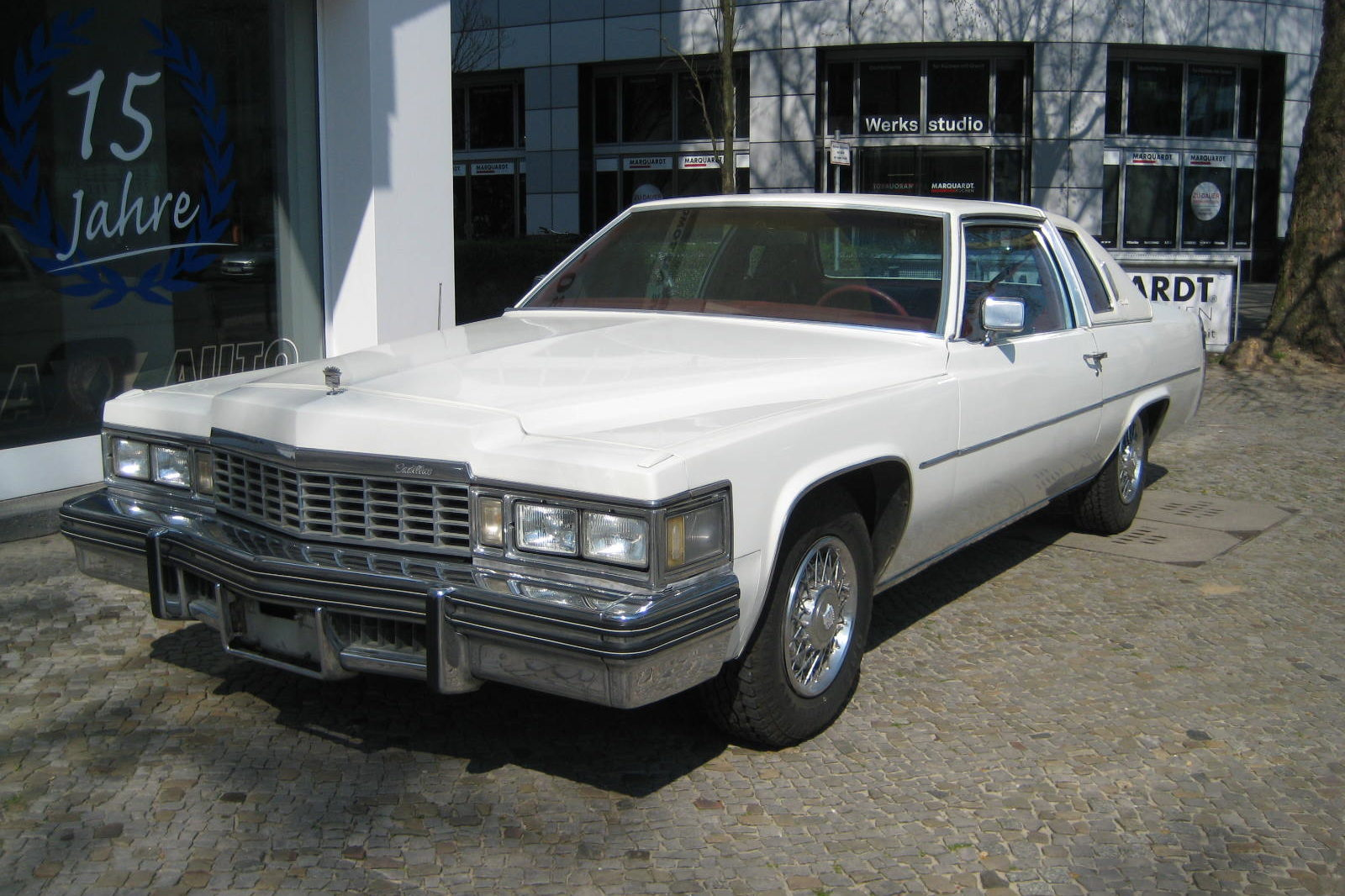 Cadillac Deville weiss