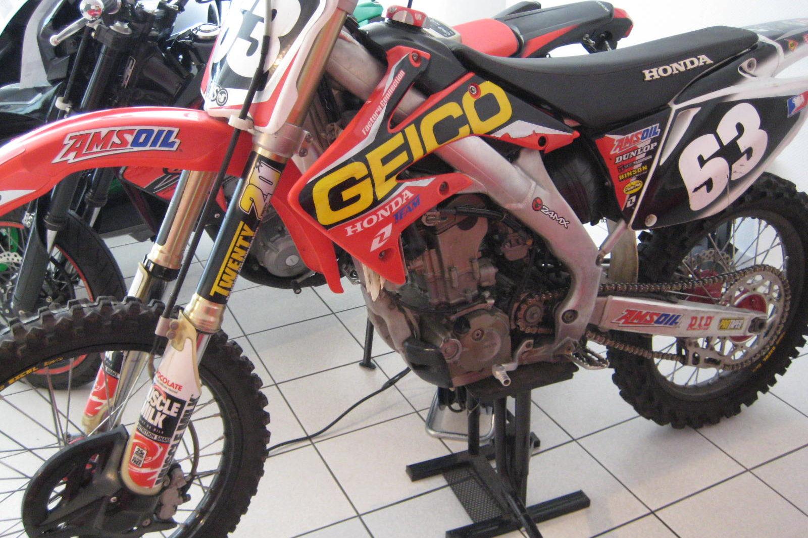 Honda CRF250F rot