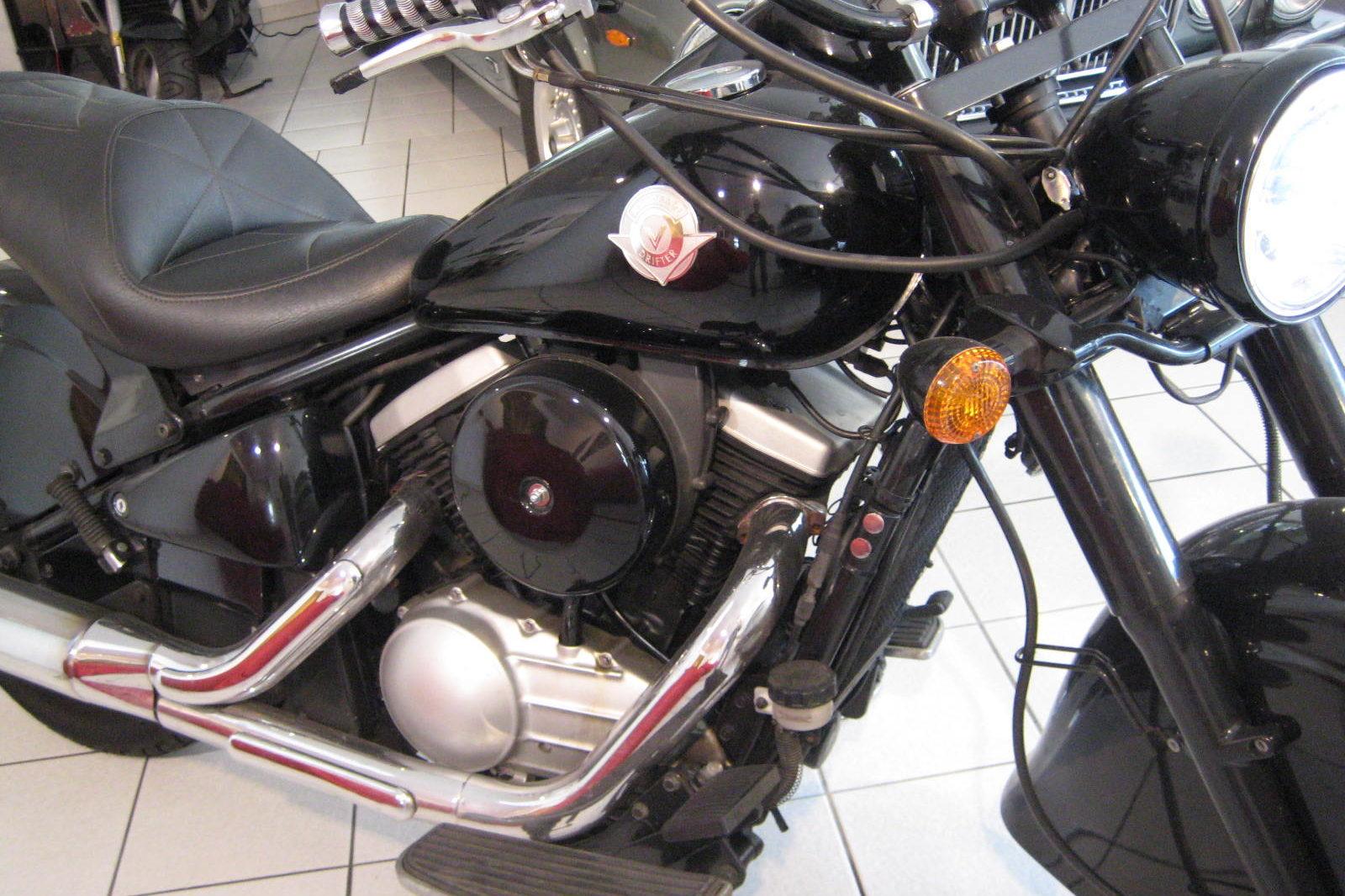 Kawasaki VN 800 Drifter in schwarz